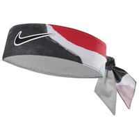 nike-accessories-graphic